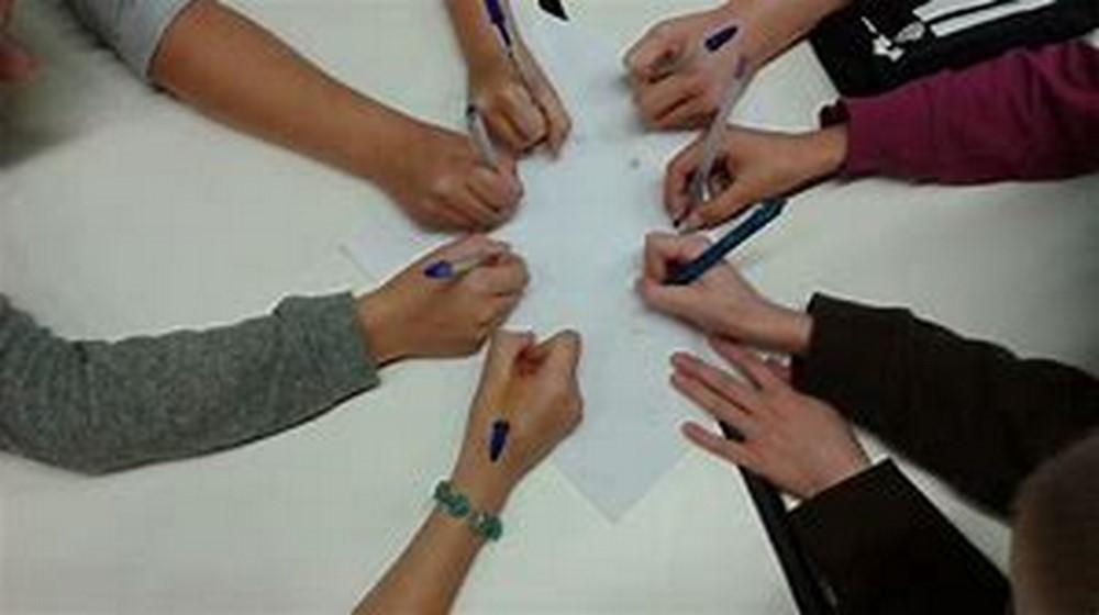 EML-Ecriture organise et anime des ateliers d'écriture pour tous.